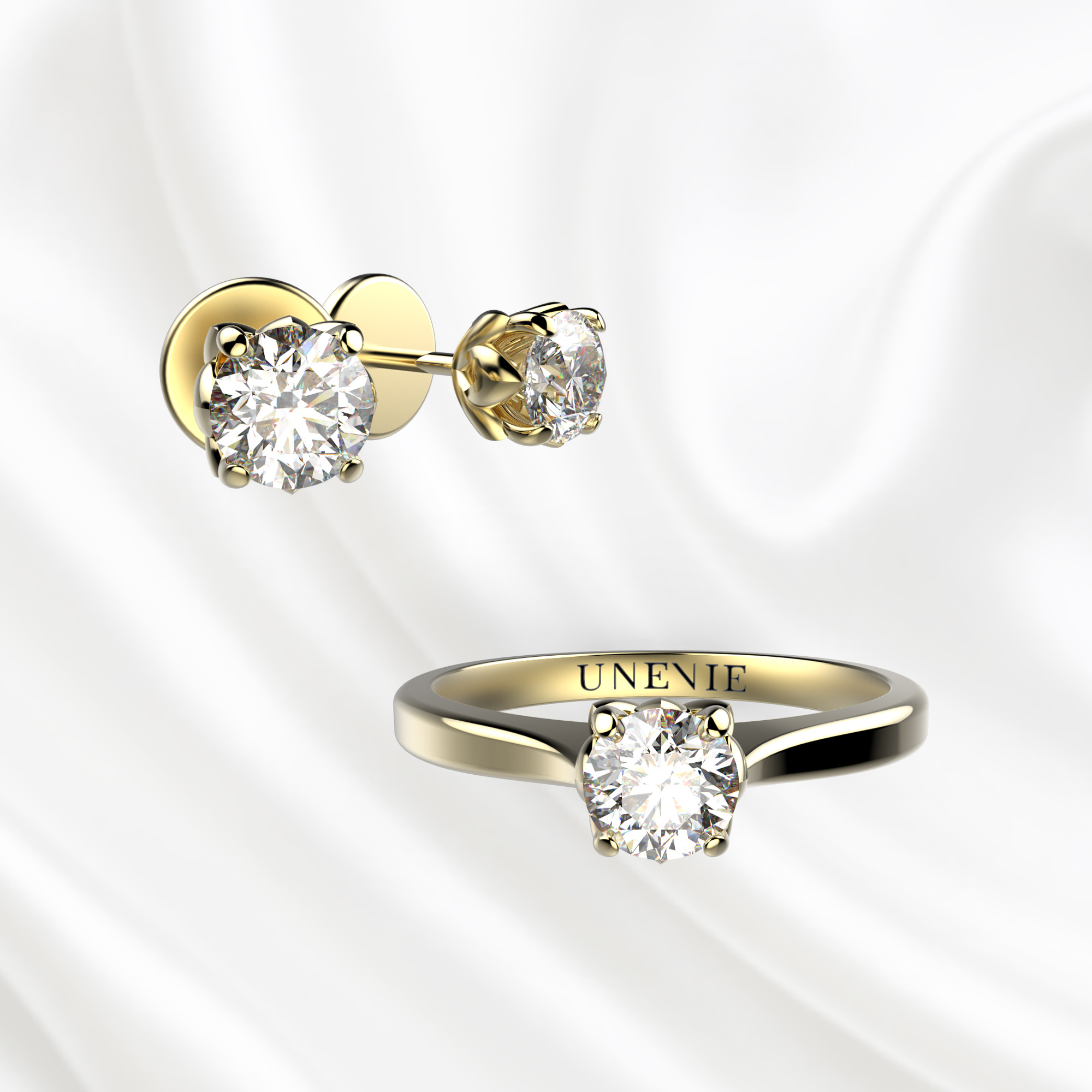 К5 Комплект ювелирных изделий серьги и кольцо из желтого золота с бриллиантами 0.2 карат