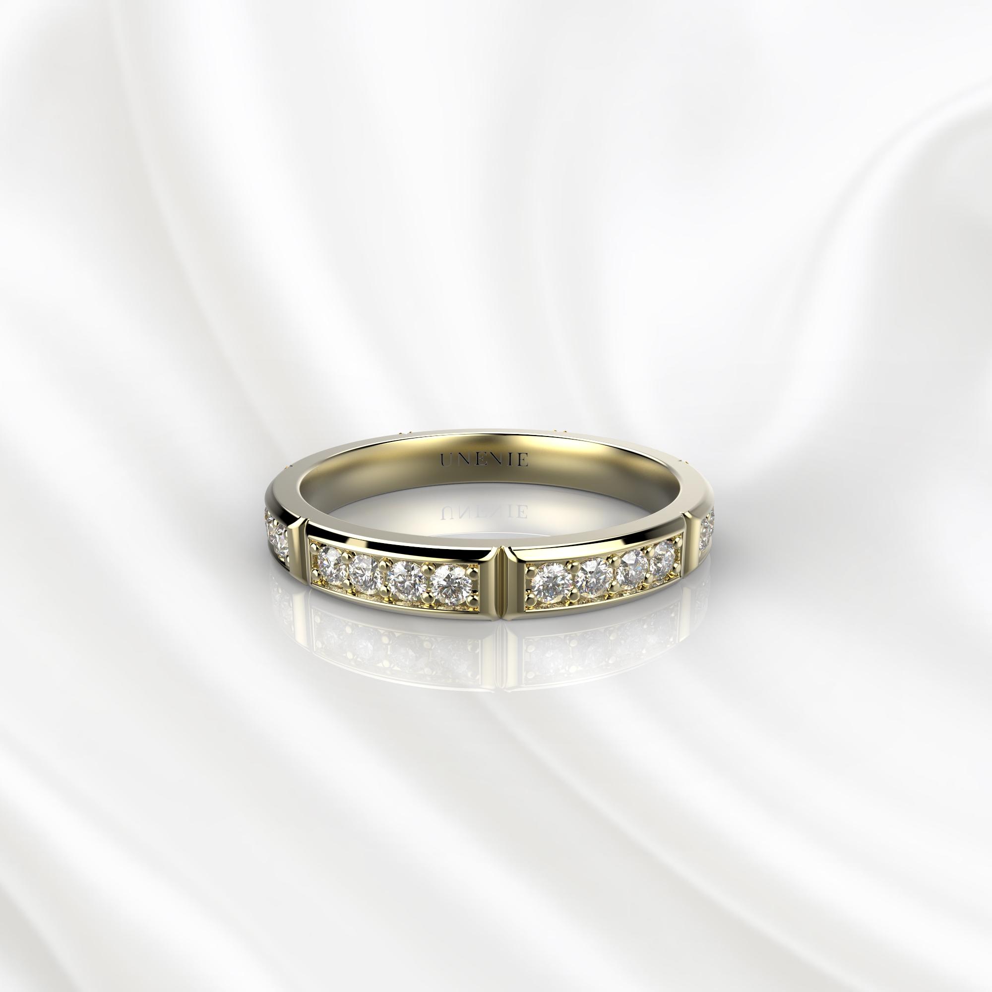 E17 Обручальное кольцо из желтого золота с 28 бриллиантами