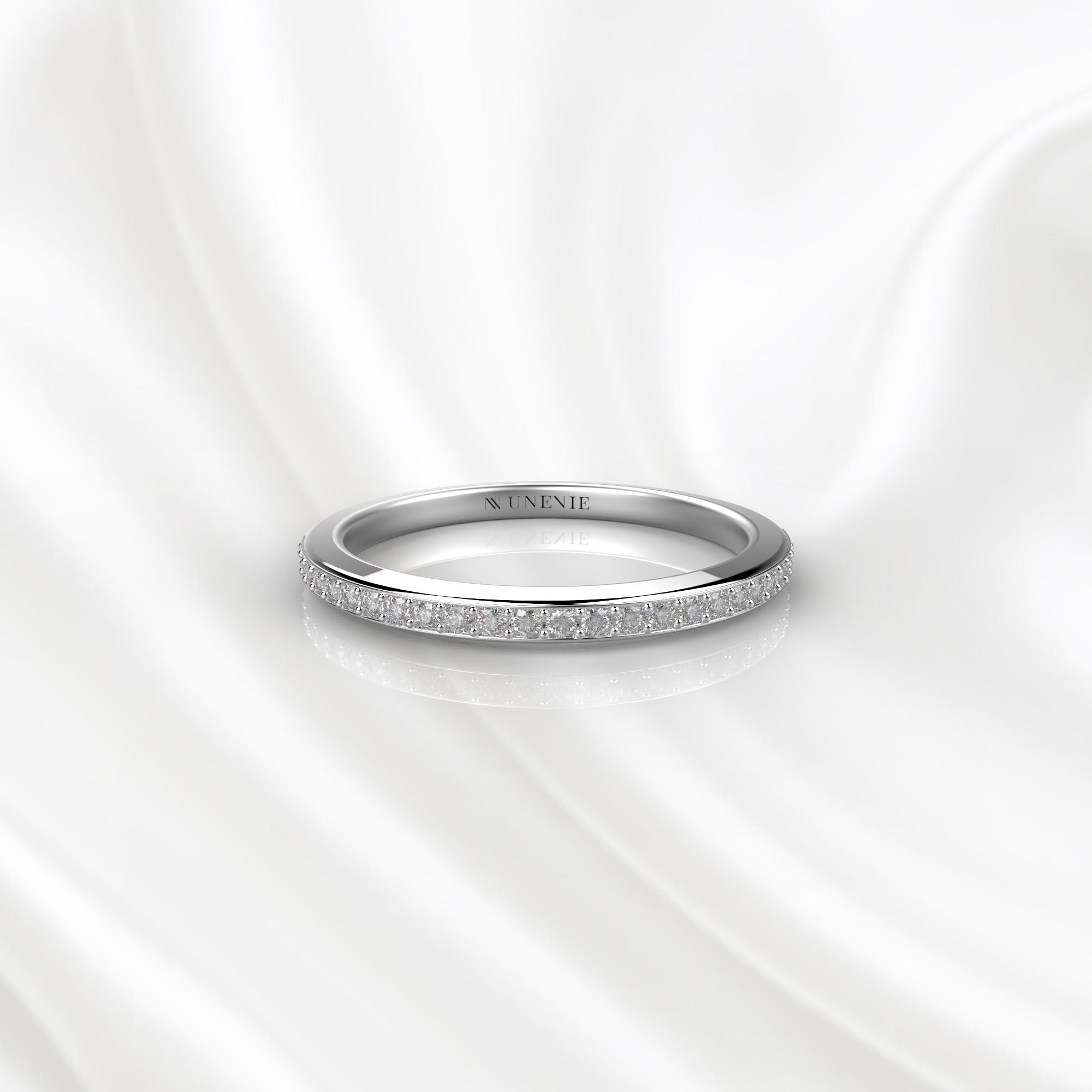 E22 Обручальное кольцо из белого золота с бриллиантами