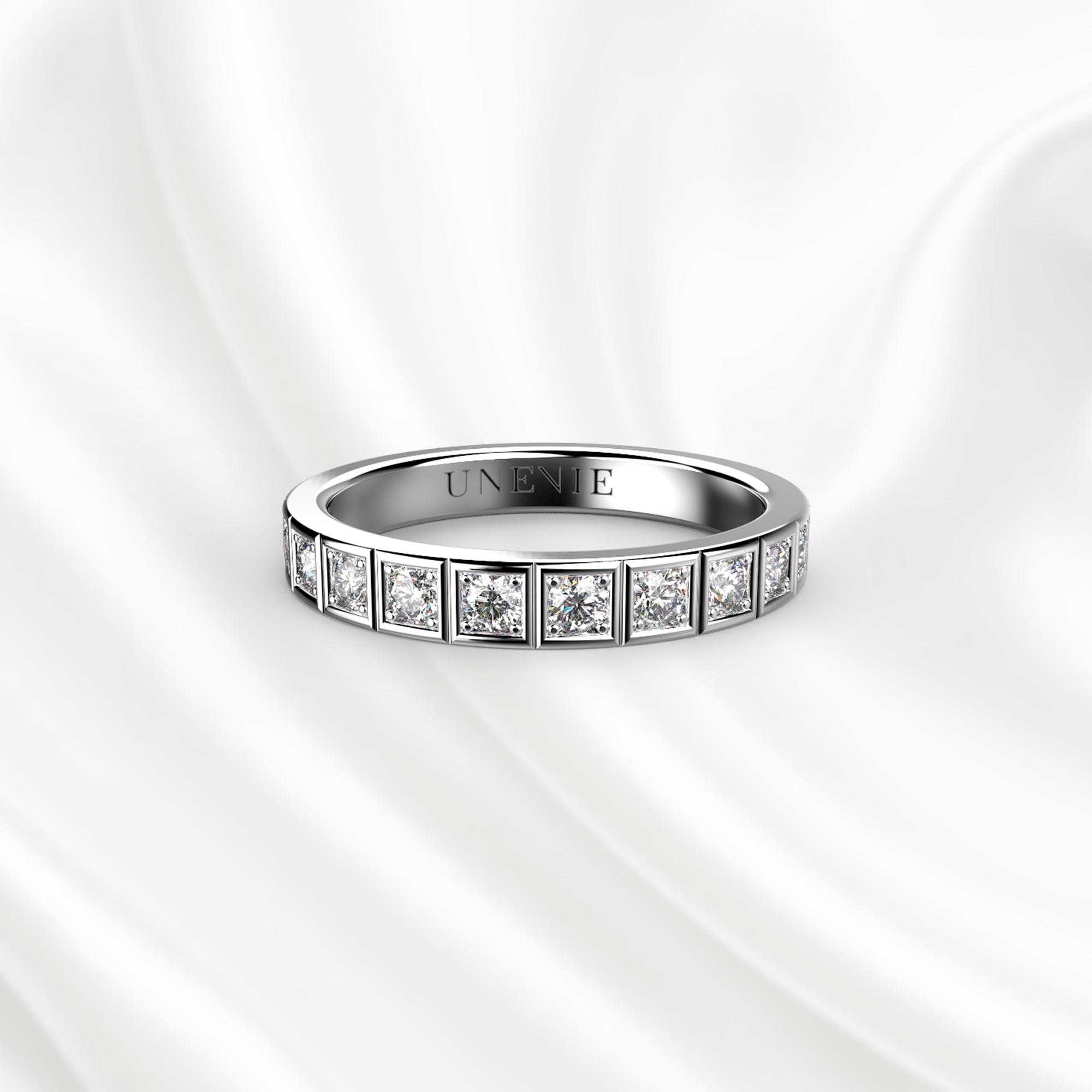 E12 Обручальное кольцо из белого золота с бриллиантами