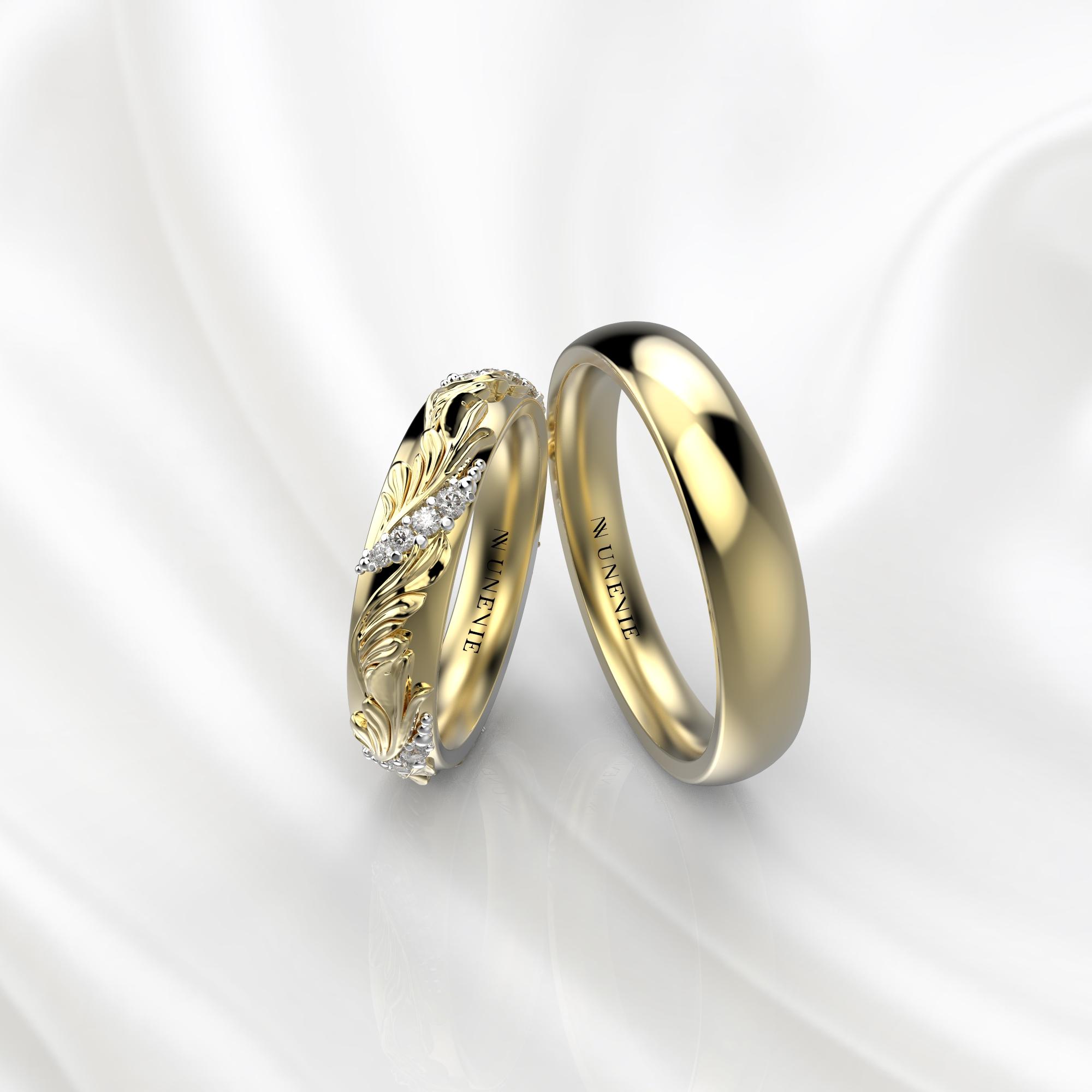 Ажурные обручальные кольца из желтого золота с бриллиантами