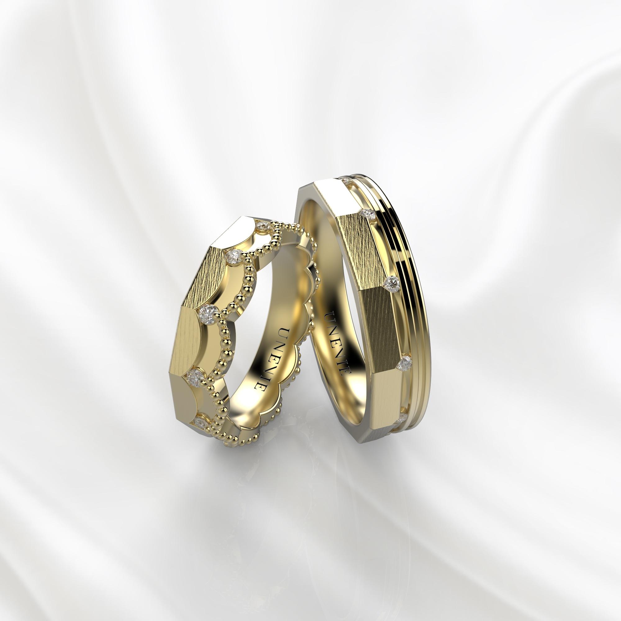 NV45 Парные обручальные кольца из желтого золота с бриллиантами