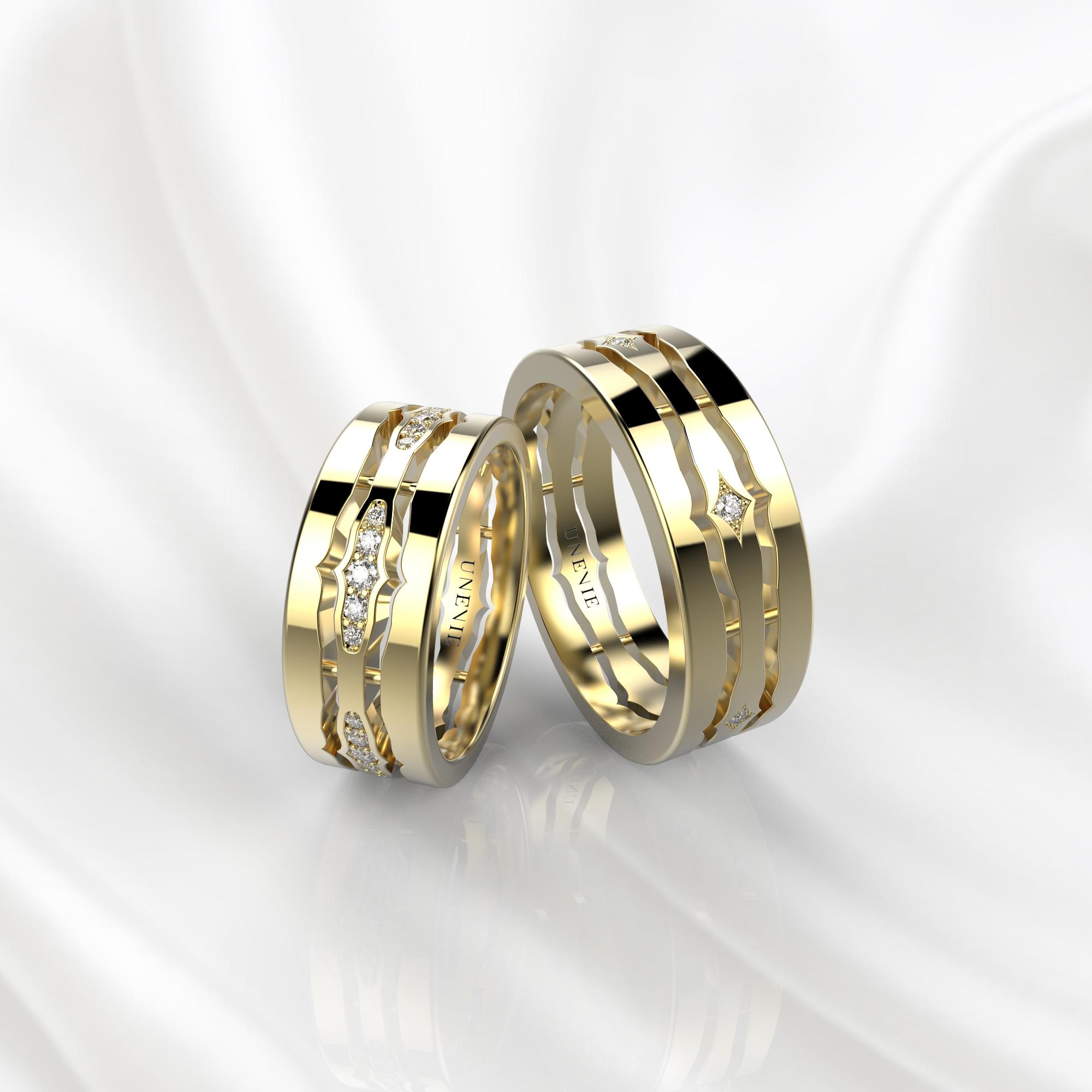 NV48 Парные обручальные кольца из желтого золота с бриллиантами