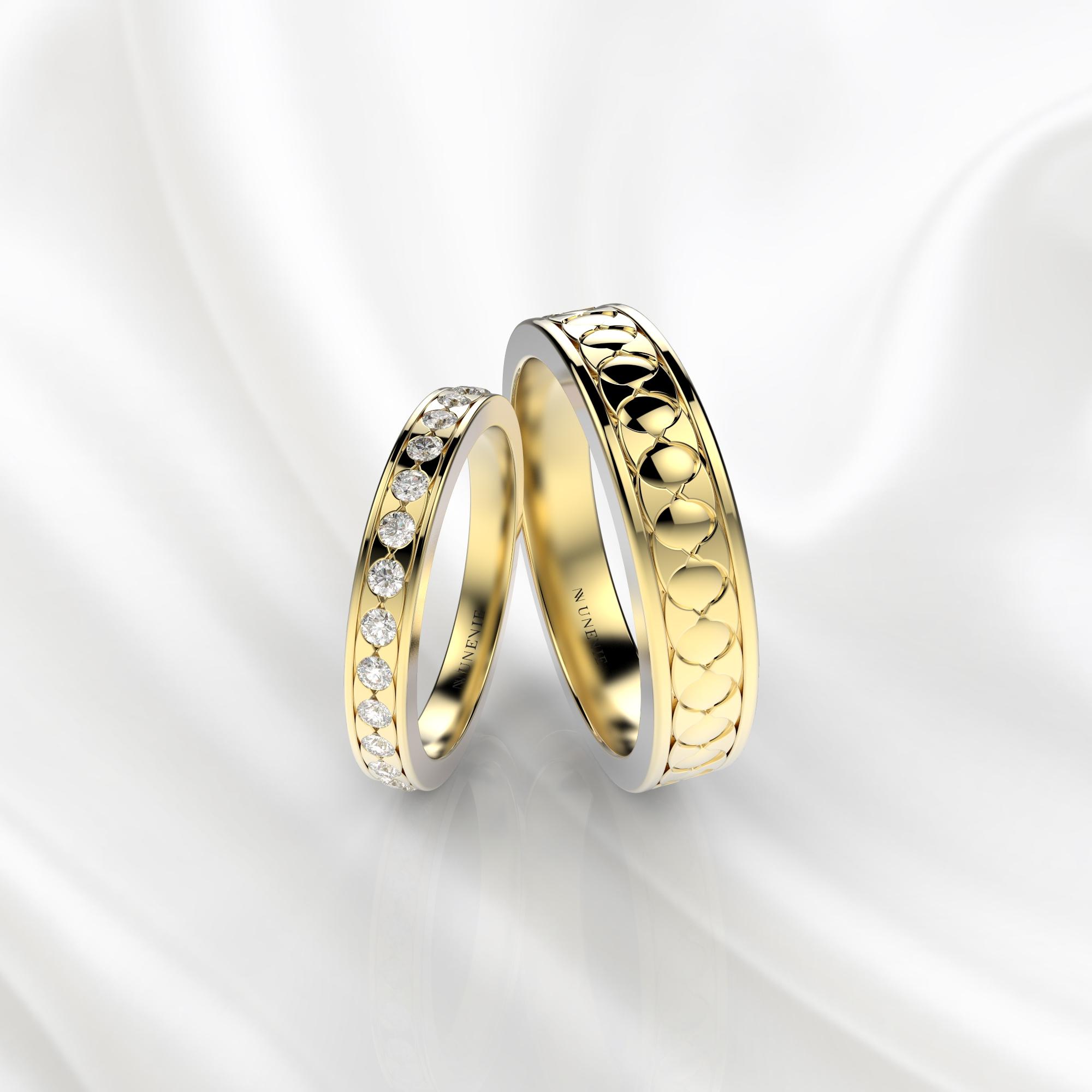 NV53 Парные обручальные кольца из желтого золота с бриллиантами