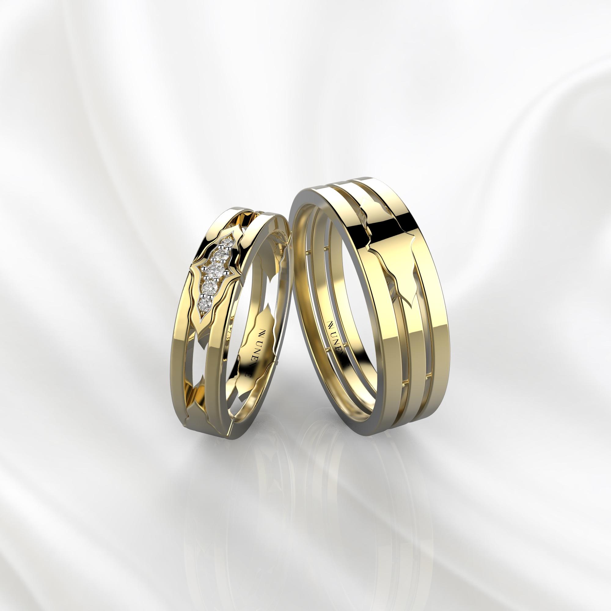 Парные обручальные кольца из желтого золота с 5 бриллиантами