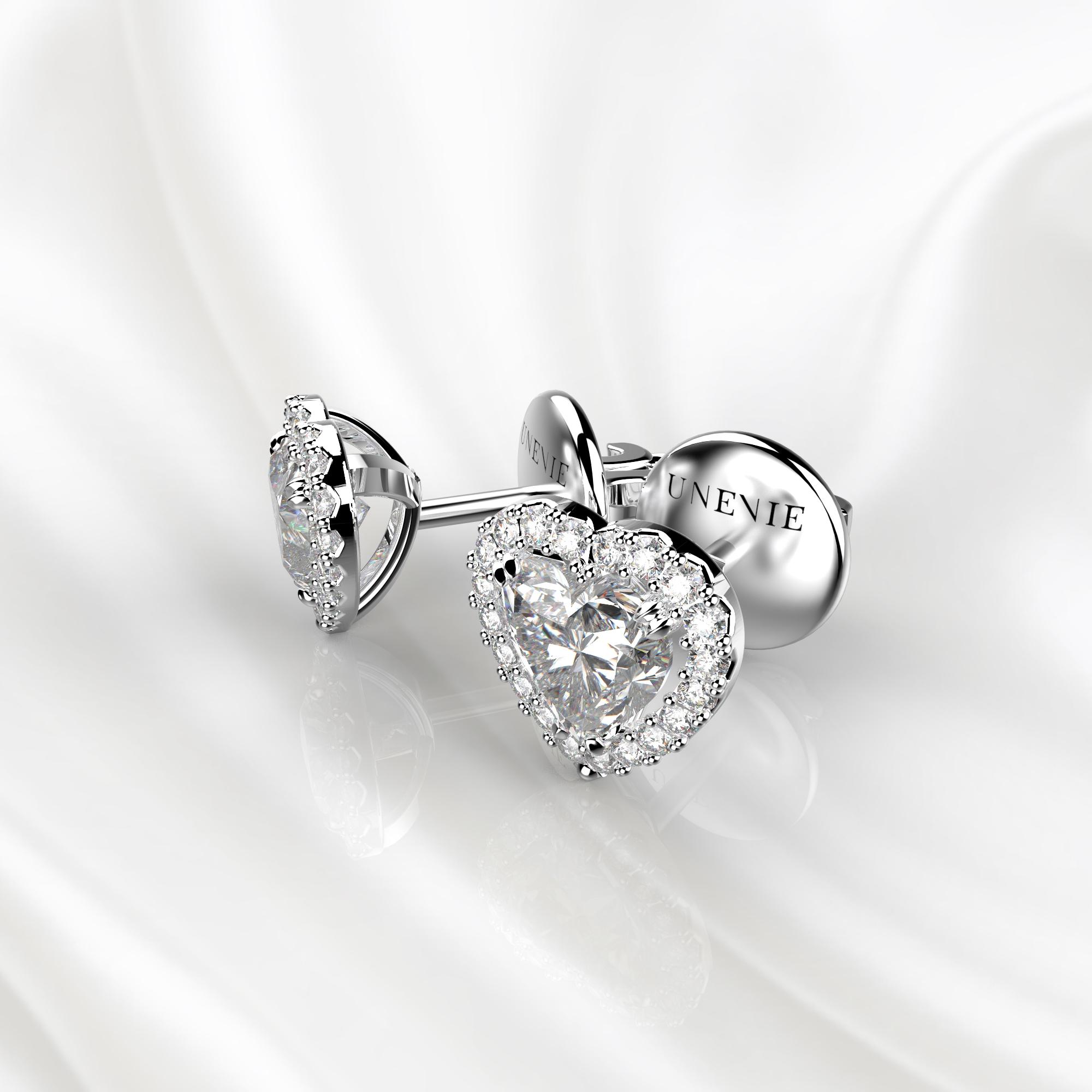 S12 Серьги-пусеты из белого золота с бриллиантами сердце