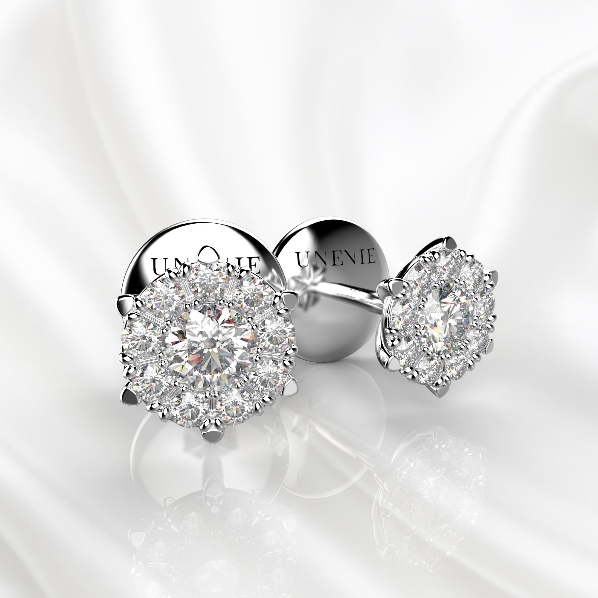 S13 Серьги-пусеты из белого золота с бриллиантами