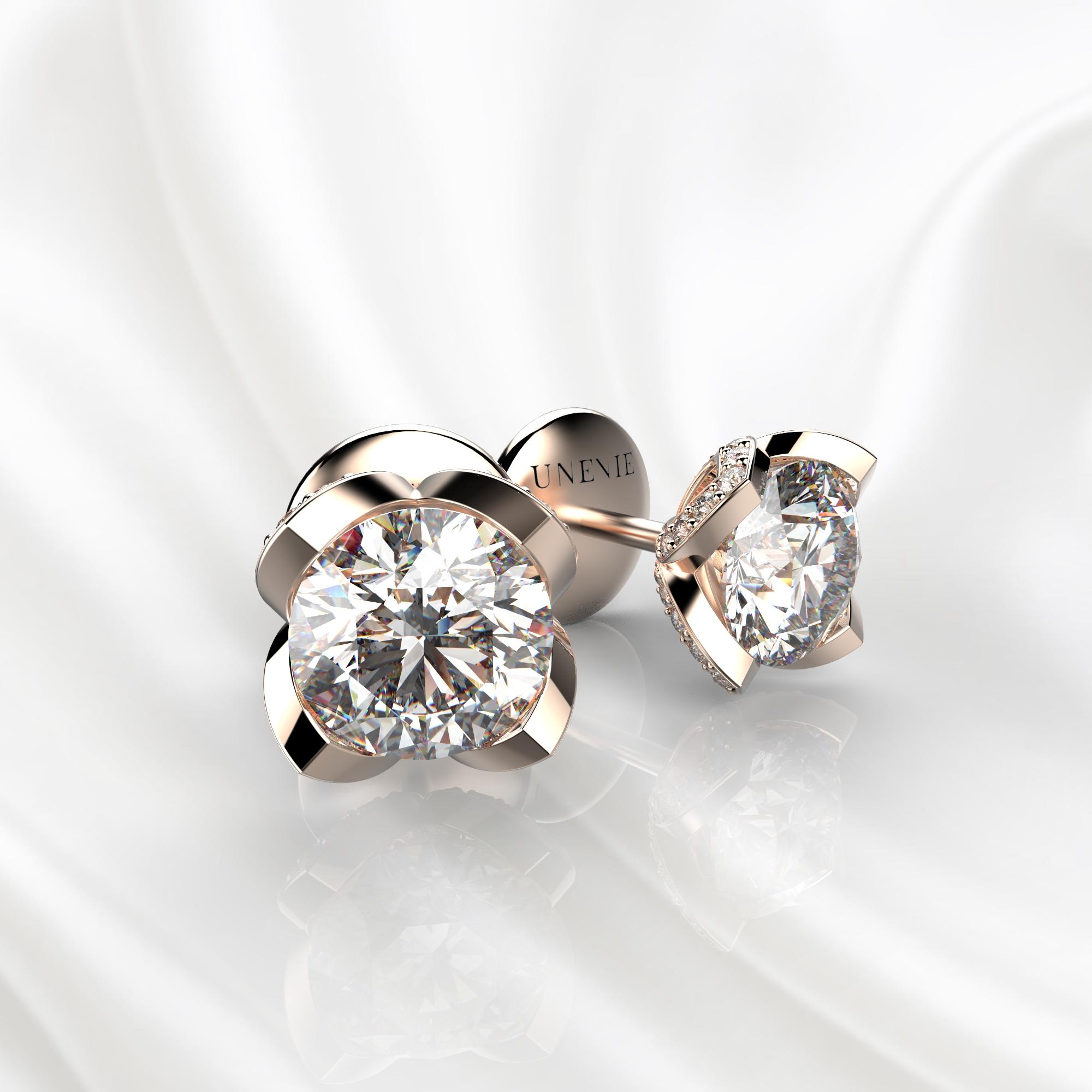 S16 Серьги-пусеты из розового золота с бриллиантами