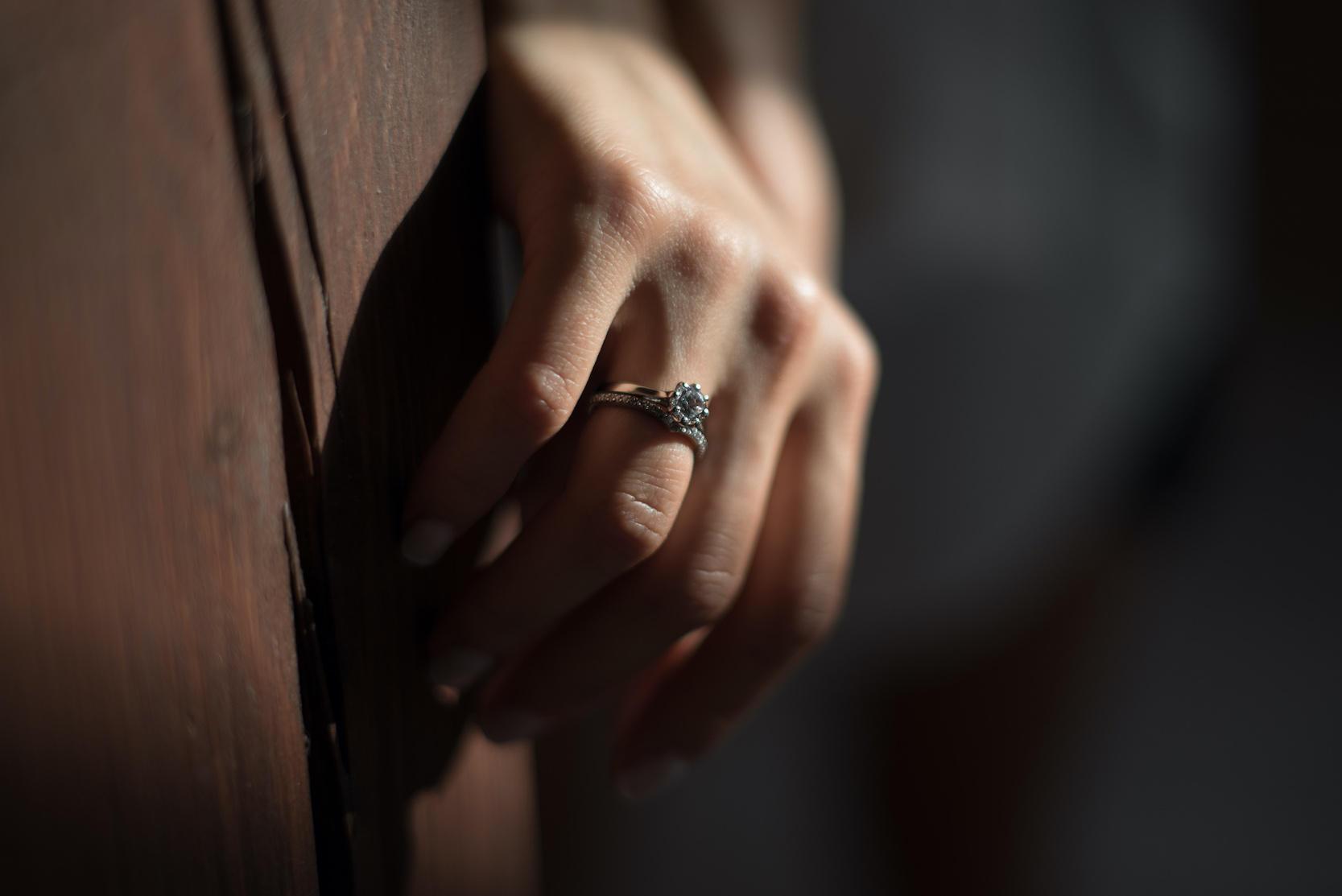 N2 - сет колец для помолвки из белого золота 585 пробы с бриллиантами