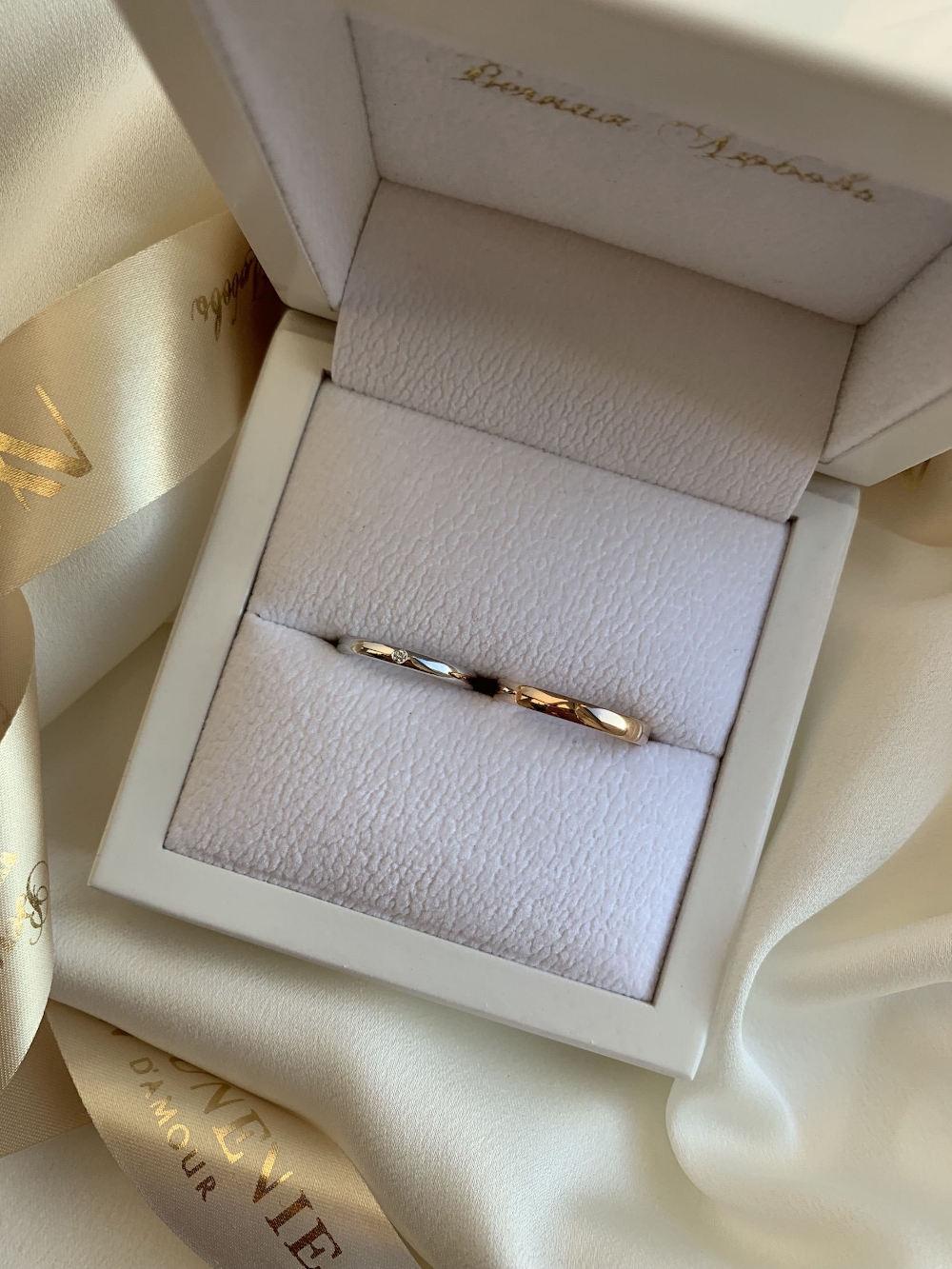 NV20 - парные обручальные кольца из золота 585 пробы