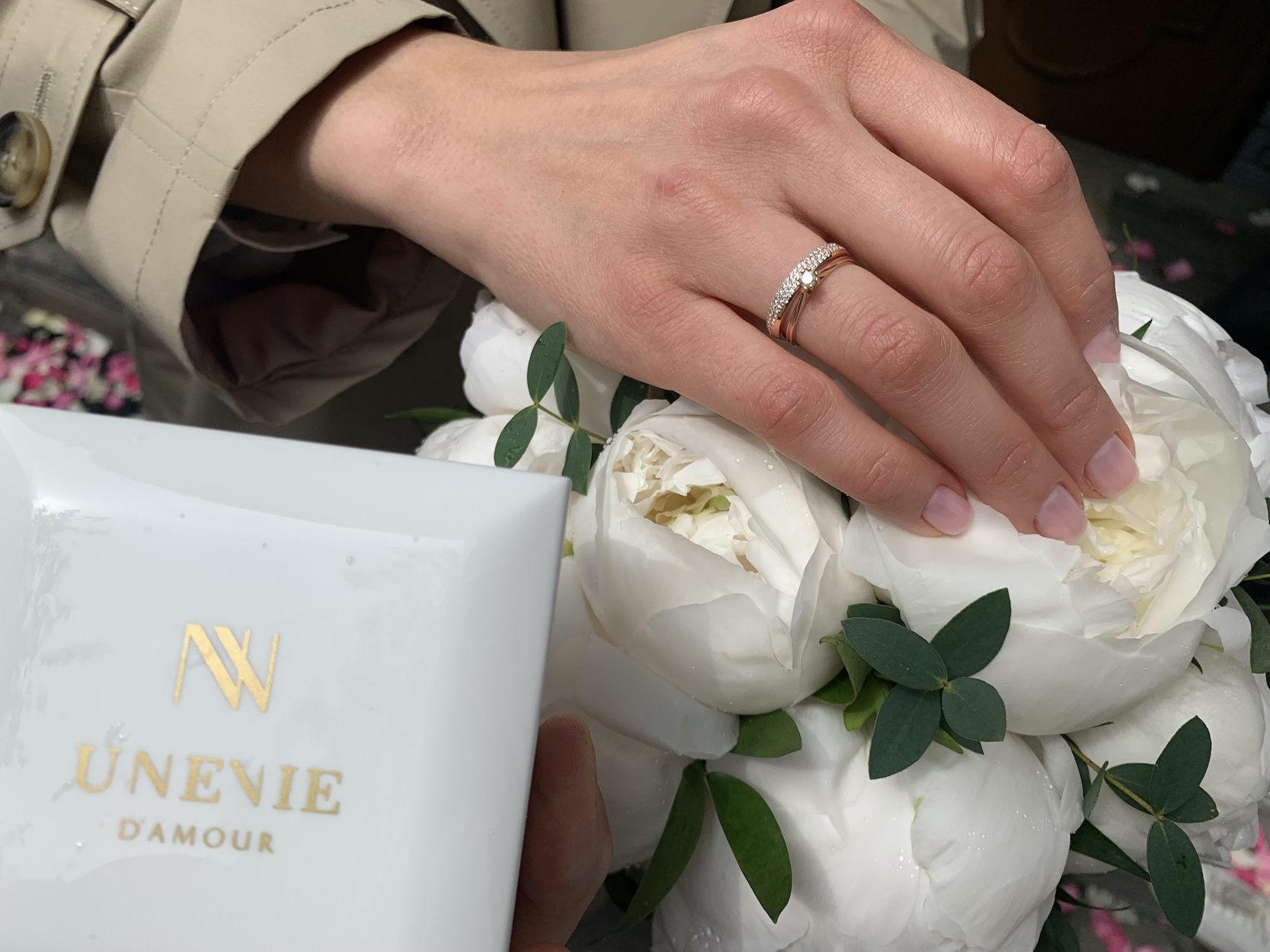 NV32 - парные обручальные кольца из розового золота с бриллиантами