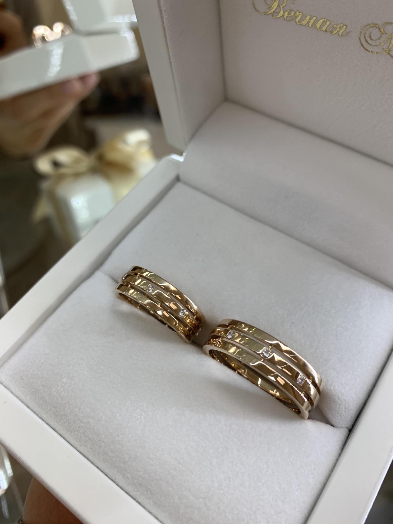 NV19 парные обручальные кольца их розово-белого золота с гравировкой