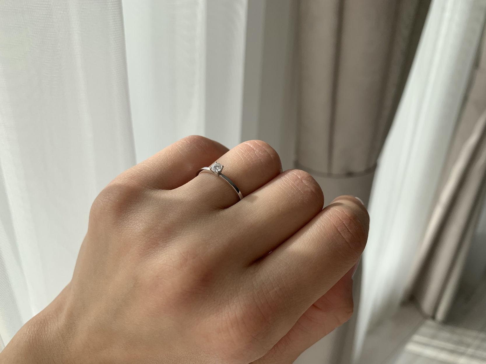 N22 - помолвочное кольца из золота 585 пробы с бриллиантом 0.16 карат