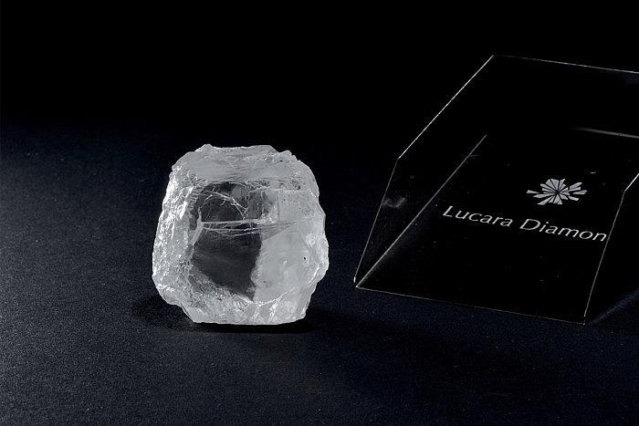 Lucara Diamond Corp. извлекла 240-каратный необработанный камень на принадлежащем компании руднике Карове в Ботсване.