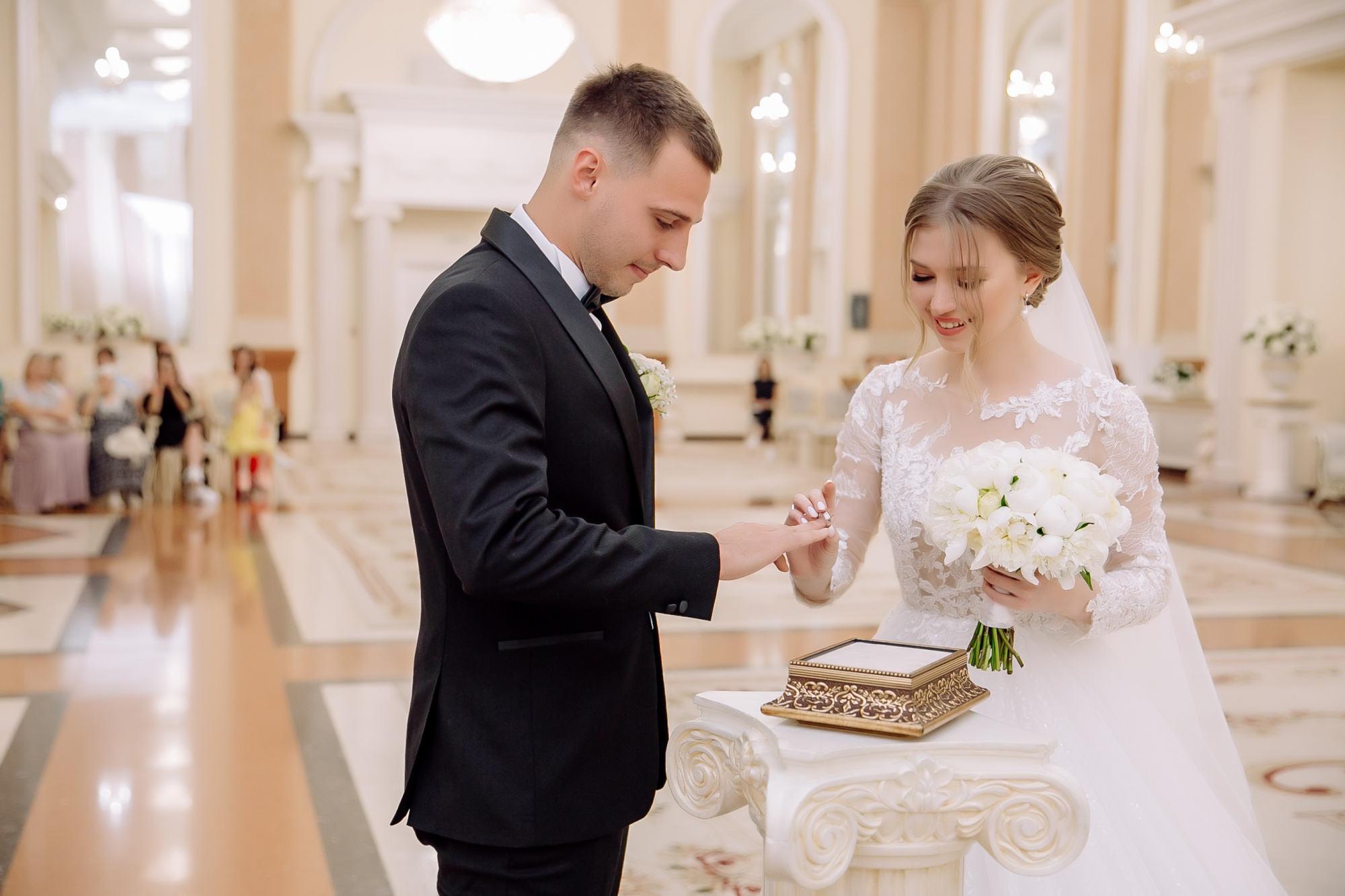 История любви Олега и Дарьи