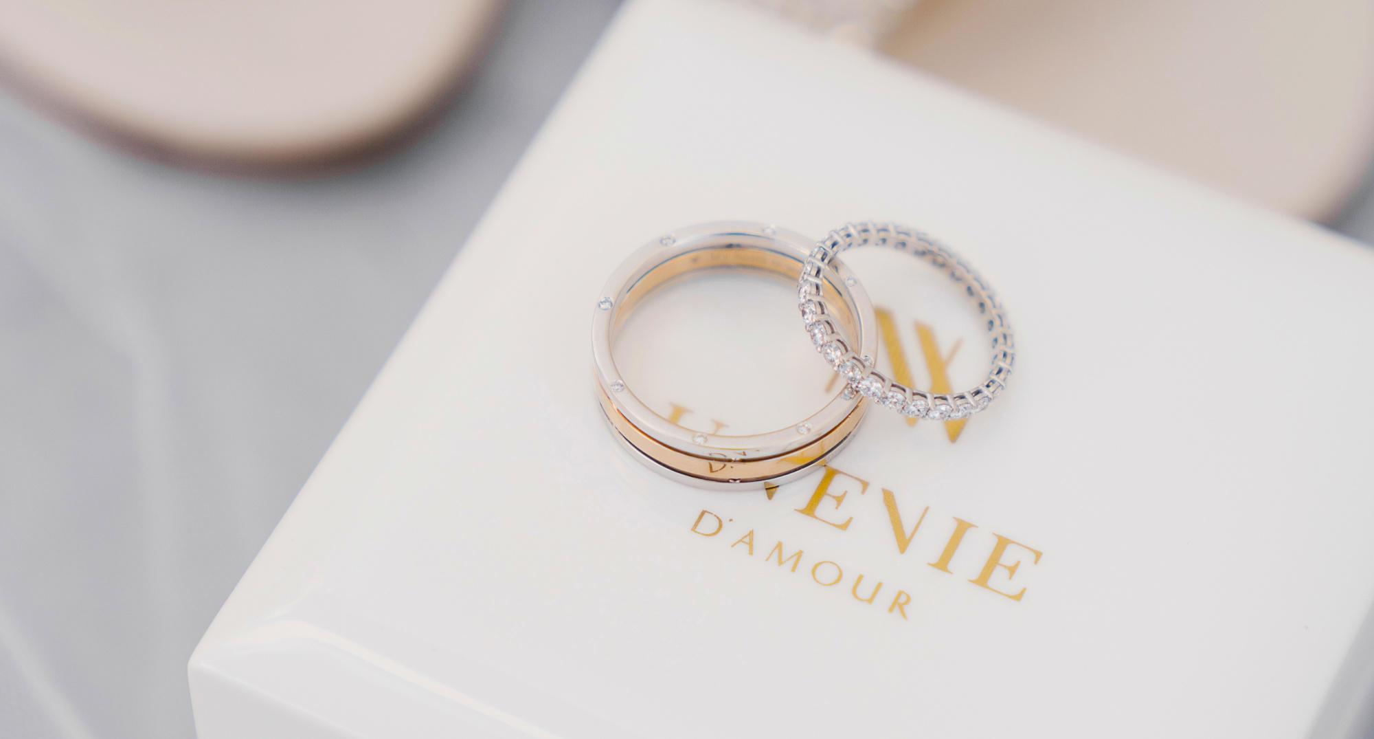 Ищем отличия. Заказать индивидуально кольца или купить в магазине?